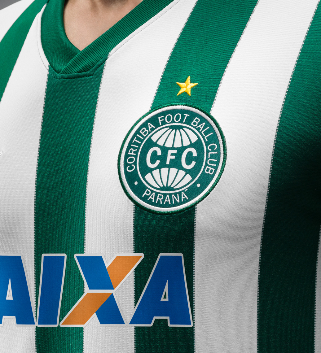 44171_241954_Fa14_FB_Brasil_Coritiba_Away_Crest_39_crop_1_LR_full