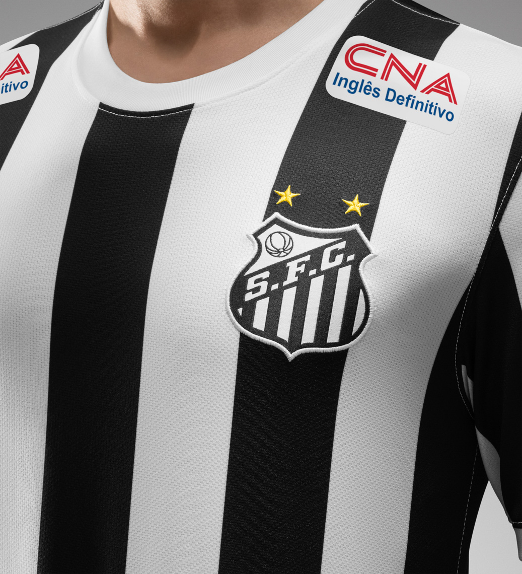 44171_241954_Fa14_FB_Brasil_Santos_Away_Crest_14_crop_1_LR_full